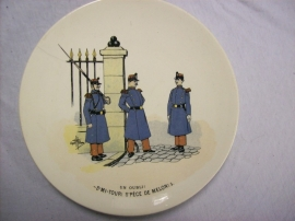 French reservist plate, WW1, Sarreguemines, Karikatuur bord Frans leger