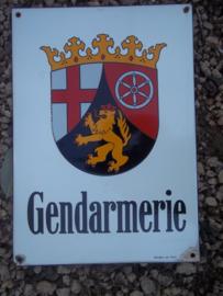 Emaille bord. Franstalig Belgie, GENDARMERIE, 42 bij 30 cm. zeer decoratief. met maker Donders am Dom. bord is van de Duitse Politie Rheinland- Pfalz- Mainz.