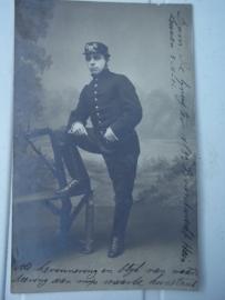 Photograph of a Belgium fireman. Foto van Brandwacht Hein, met mooie typische oude brandweerpet.