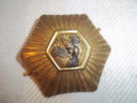 German cap badge with early police eagle. Duits pet embleem vroeg model Duitse SA politie. SA Feldjager Polizei.