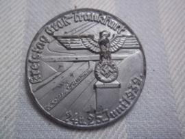 German tinnie  Kreistag Gross Frankfurt 1939. Duitse tinnie met maker