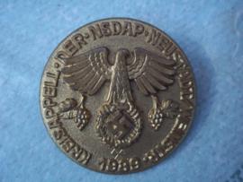 Duitse tinnie, rally badge, Duitse tinnie Kreisappell der NSDAP - Neustadt/ Weinstrasse 1939.plastic uitvoering met RzM stempel.