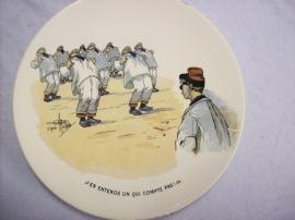 French reservist plate, Sarreguemines, Karikatuur wandbord Frans leger WW1