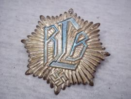 German plaque, Civil Defence, Reichs Luftschutzbund RLB. Duitse plaquette luchtbescherming je kon dit embleem aan de voordeur spijkeren, maar ook op een armband naaien zodat je herkenbaar was. leuk vroeg embleem.