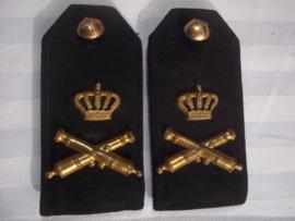 Nederlandse epauletten 1890-1910 Rijdende veld- artillerie, zeer goede staat.