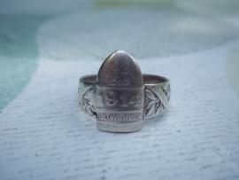 German ring, 42 cm BRUMMER, silver hallmarked. Duitse ring 42 cm BRUMMER, met de steden Antwerpen en Luik, zilver gemerkt.