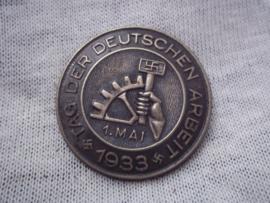 German tinnie, rally badge, Duitse tinnie Tag der Deutschen Arbeit. 1.mai 1933