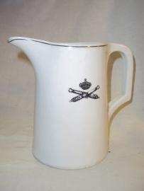 Dutch milkcan with artillery badge. Nederlandse melkkannetje met artillerie embleem