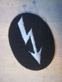 German sleeve badge signal light blue colour. Duits mouwembleem verbindingen licht blauw.