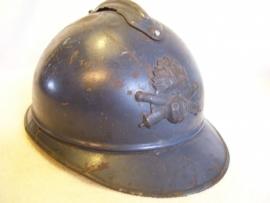 French Helmet M15 casque Adriane Artillery with innerlining Franse helm Artillerie embleem.