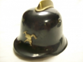Miniature German fire helmet. Miniatuur Duitse brandweerhelm
