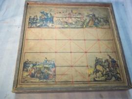 Toy box with military pictures. Houten doos speelgoed met militaire afbeeldingen.