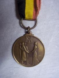 Belgium medal 1940-1945.Belgische medaille ter herinnering aan de oorlogskinderen 1940-1945