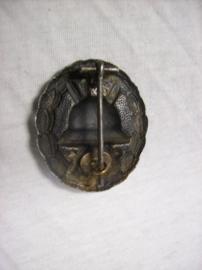 German wounded badge black, Duits gewonden embleem zwart.