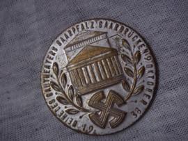 German tinnie, rally badge, Duitse tinnie Weihe des Gautheaters Saarpfalz- Saarbrücken 9 oktober 1938. withour pin, zonder speld.