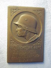 German plaque 10. Sächs. Inf, Regt. Eignungsprufung fur Krümper 1932 2.platz. Bronzen plaquette Reichswehr  6 bij 4 cm.