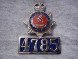 Engels politie embleem brevet Politie Kent, met nummer.