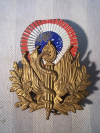 French cap badge for shako Medical, with metal cocarde. Frans embleem voor de sjako