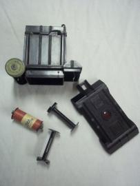 Photocamera made in the USA in 1933, UNIVEX - A bakelite.Fotocamera bakeliet compleet met filmrolletje. gemaakt in Amerika in 1933. werkende staat.