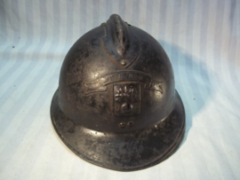 French helmet DP Defense Passive with citation above the helmet badge very rare. Franse helm Luchtbescherming met banderol NORD zeer apart