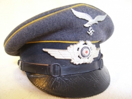 German Air force cap Luftwaffe Fallschirmjager yellow ribbon.Duitse piloten pet mooi gestempeld in perfekte staat FL.GR. Hall