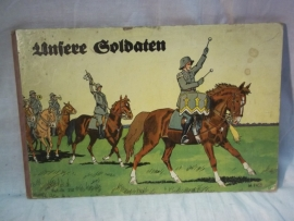 German book about the german soldier 1940. Duits boekje UNSERE SOLDATEN 6 pagina's