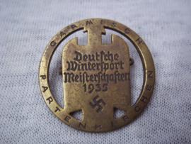 German tinnie rally badge, Duitse tinnie Deutsche Wintersport Meisterschaften 1935 - Garmisch Spartenkirchen. mooi gemarkeerd met hersteller. apart