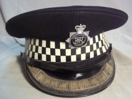 British officers cap of the NORTHUMBRIA POLICE. Engelse officiers politie pet