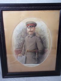 Watercoloured German soldier. Aquarel van een Duitse soldaat WO1 in velduniform met veldmuts, zeer decoratief en heldere aquarel, niet gesigneerd.