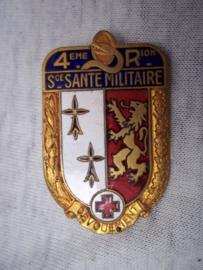 Franse borsthanger embleem Geneeskundige Dienst, Medical Corps.