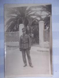 Foto Duitse soldaat in DAK uniform Afrika- Korps, tropen uniform