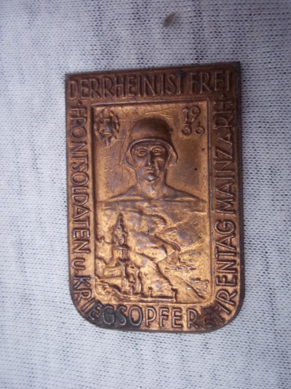 German tinnie, rally badge, Duitse tinnie Der Rhein ist frei Frontsoldaten und kriegsopferehrentag Mainz am Rhein 1936 NSKOV. zonder speld.