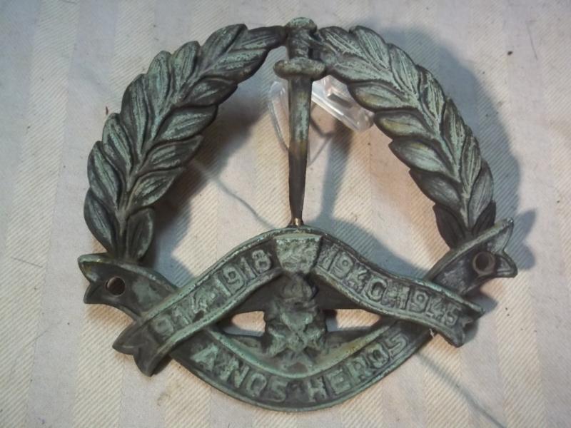 Bronse plaque, Belgium, our brave boys 1914-1918/ 1940-1945. Bronzen graf stuk Belgie, a nos heros, aan onze helden van beide oorlogen.