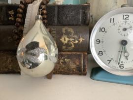 Druppel zilver met zilverglitter 8 cm
