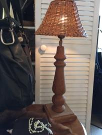 Houten tafellampje met kap