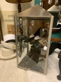 Vitrinekastje metaal met glas en spiegel