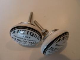 Kastknop van porselein 'Antique Paris' .
