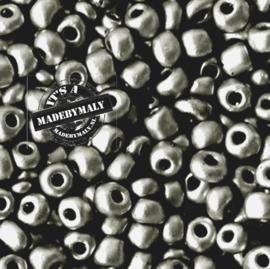 Glaskraal Rocailles 6/0 (4mm) donker metallic grijs
