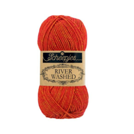 Avon 956 - River Washed * Scheepjes