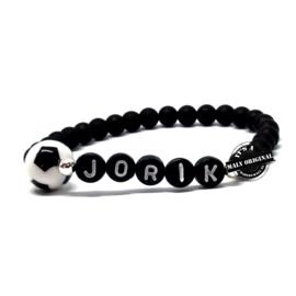 Naam armband (of voetbalclub armband) met voetbal.  Kies zelf je kleur
