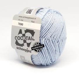 Cocktail lichtblauw * Scheepjes 7690