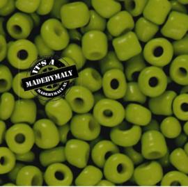 Glaskraal Rocailles 6/0 (4mm) olijfgroen