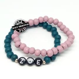 Naam armband  en uni armbandenset. (2 armbanden met houten kralen)  Kies zelf je kleuren