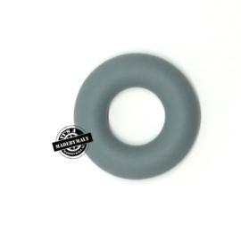 Siliconen bijtring  43 mm. groot, per stuk, donkergrijs