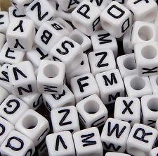 vierkante alfabetkralen wit, 10x10mm per stuk