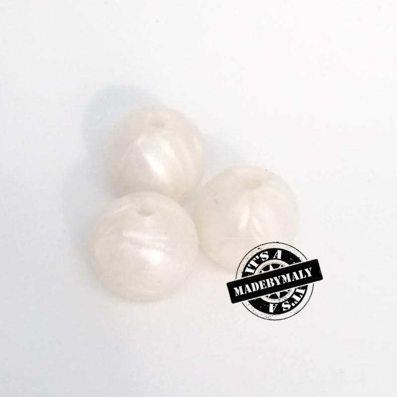 Siliconen kraal 12 mm. groot, parelwit, per stuk