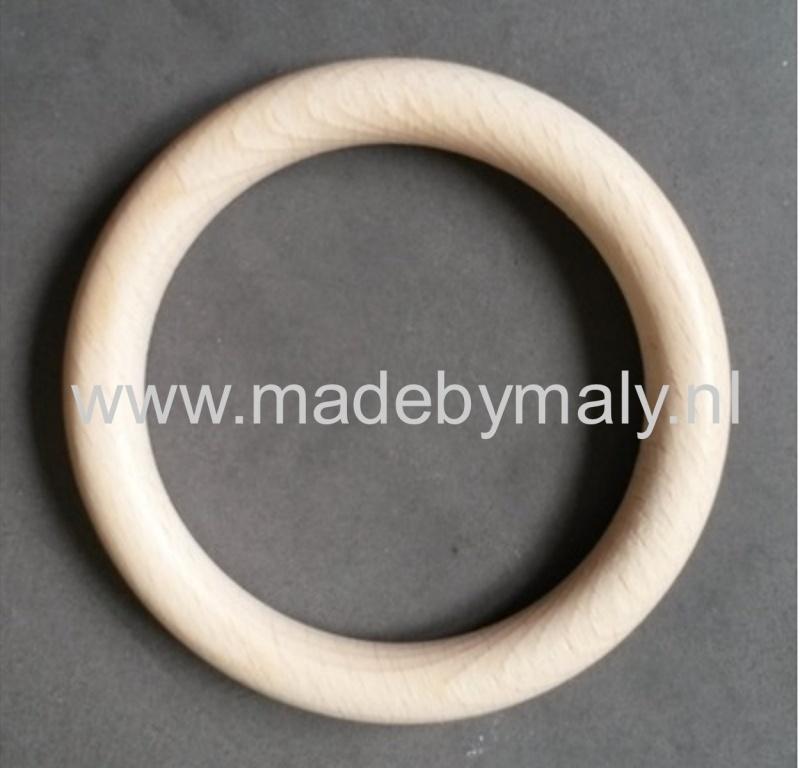 Houten ring houten bijtring, beukenhout * 7 cm.