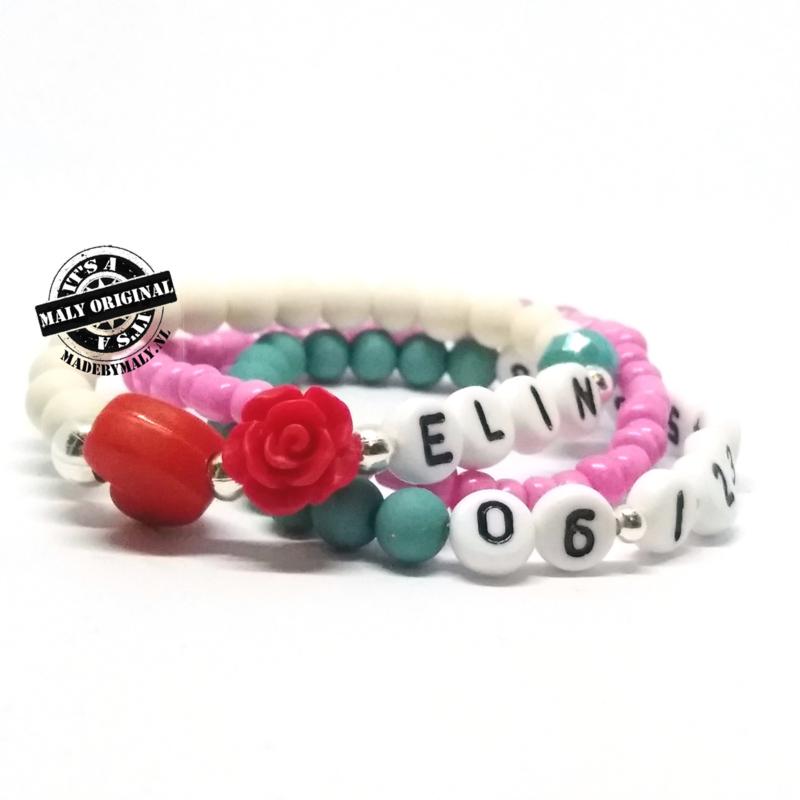 Naam armband met bloem en hart, telefoonnummer armband en uni armband. Kies zelf je kleuren