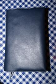 Bijbelhoes van donkerblauw kunstleer