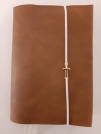Luxe bruin vegan leather bijbelhoes incl. gouden kruisje